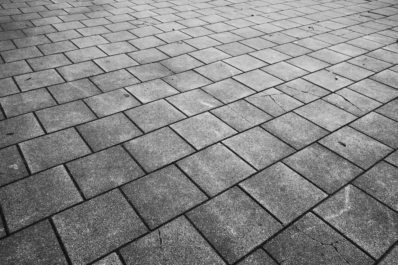 Togliere Le Piastrelle Dal Pavimento come pulire i pavimenti in cemento – beeplog – il blog